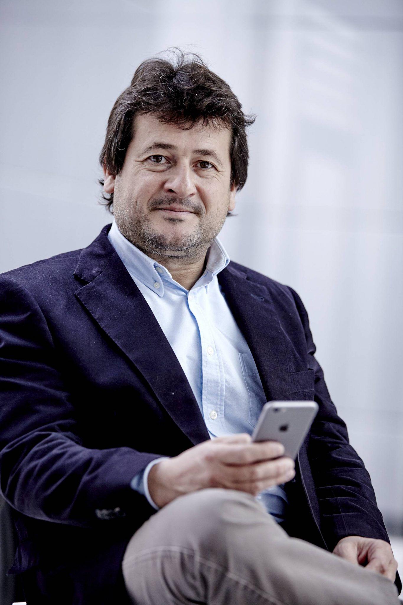 Manuel Pérez Alonso, profesor titular del Departamento de Genética de la Universitat de València, director de Genética Médica News  y pionero en el campo del emprendimiento científico en nuestro país.